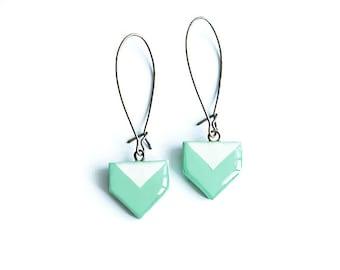 Mint geometric earrings, modern jewelry, dangle mint earrings, boucles d'oreilles