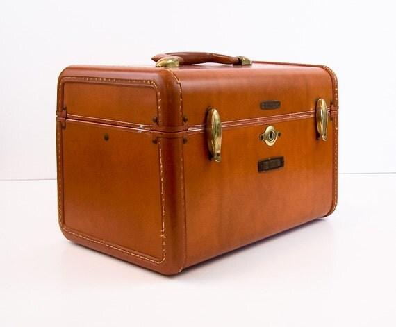 vintage samsonite train case 1950 39 s makeup case caramel. Black Bedroom Furniture Sets. Home Design Ideas