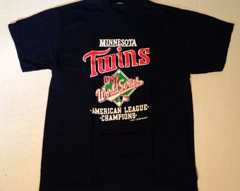 Vintage 1987 Minnesota Twins t-shirt, soft, large