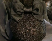 Black Equestrian Show Bow with Textured Snood