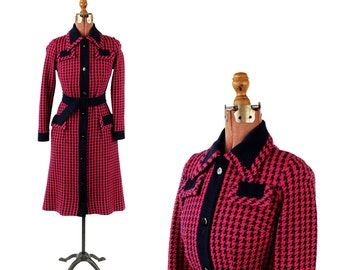 Vintage 1970's Couture Imports Hot Pink + Navy Blue Houndstooth Knit Belted Shift Dress M