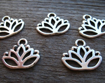 50 Antiqued  Silver Lotus Flower Charms 17mm