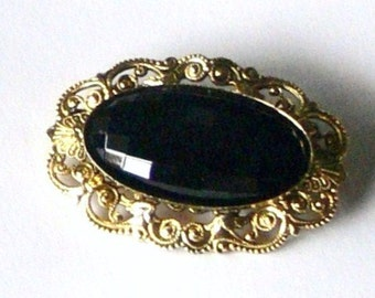 vintage freirich black glass brooch