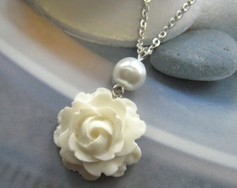 White rose pearl necklace, bridesmaids necklace, wedding jewelry - WN-G10 (Choose your pearl colour)