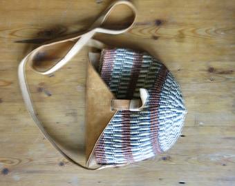 Vintage Small Sisal Ethnic Woven and Leather Market Purse/Tote/Handbag