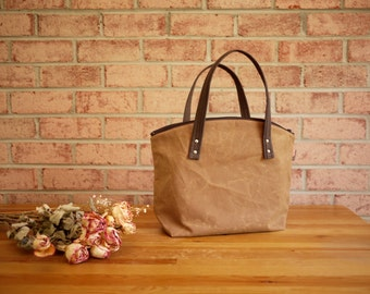 Waxed Canvas Zipper Tote in Spice- Vegan Day Bag