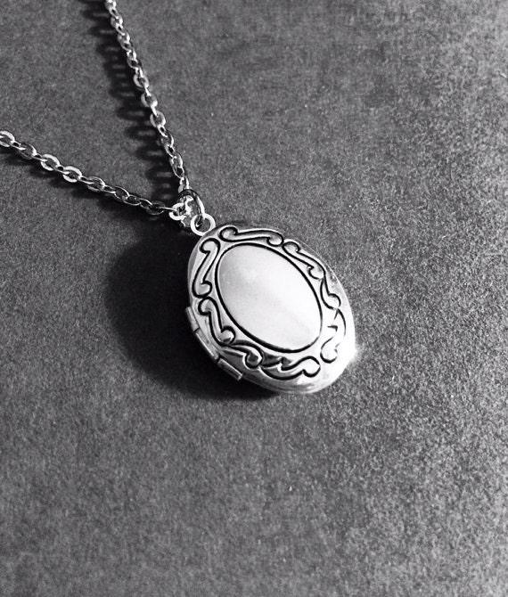 Silver Locket Necklace Friendship Gift Anniversary Gift Birthday Gift Photo Locket Gifts For Women