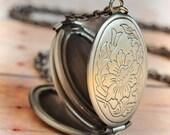 Silver Locket Necklace Antiqued Locket Pendant Necklace Jewelry Gift Antique Locket Necklace Holiday Gift Limonbijoux