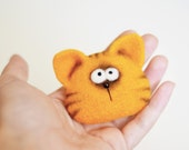 Animals brooch - Needle felted brooch - Felt brooch - Felted animals - Girls accessories - cat brooch - gift for her - childrens gifts