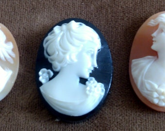 1 Cameo, 2 sold We've had them for a while and just never got around to Setting