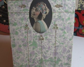 Pretty 1920's art deco purple and green gold gilded ladies fashion accessory gift box with real flapper photo on lid