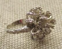 Vintage 1960s 1970s 18K HGE Brutalist Modernist Silver Toned Spike Ring Rare