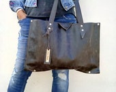 FREE SHIPPING . Shoulder leather bag . Minimal bag .Waxed leather .Everyday tote bag .Distressed dark grey waxed leather bag .By Lara Klass
