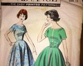 Vintage Advance Pattern Mid Century Size 12 UNcut Scoop Neck