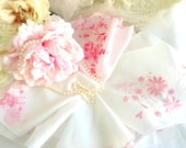 Vintage Handkerchief Set Pink Floral Wedding Bridal Hankies Bridesmaid Gifts Flower Girl Embroidered Floral Hanky (4)