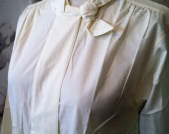 Retro butter yellow cotton blouse size 8
