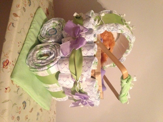diaper carriage an awesome baby shower gift by jocelynscreations