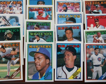 1988 Topps Chewing Gum Baseball Cards. (#28 - #744)