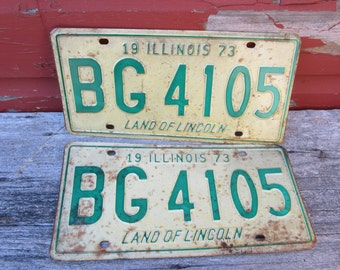 Matched Set Vintage Metal License Plates 1973 Off White & Green Restoration 1970s 70s Era Hot Rod Rat Rod Muscle Car Illinois Rusted