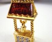 Vintage Charms Wishing Well w/ Bucket Or Lucky HorseShoe