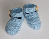 Hand knitted Baby boy or girl baby shoe bootie to fit NB to 12M in custom colour Made to order