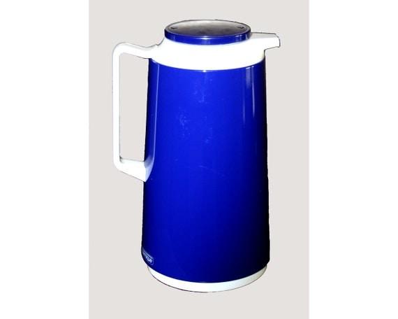 vintage carafe crown corning thermique cobalt blue pitcher. Black Bedroom Furniture Sets. Home Design Ideas
