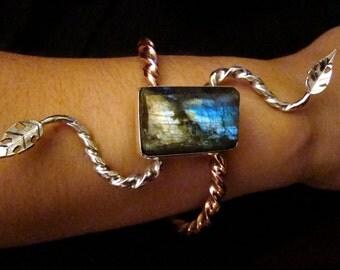 Serpentine Arm-vine of Nicnevin...OOAK Sterling Silver, Labradorite & Copper Bracelet of Legend