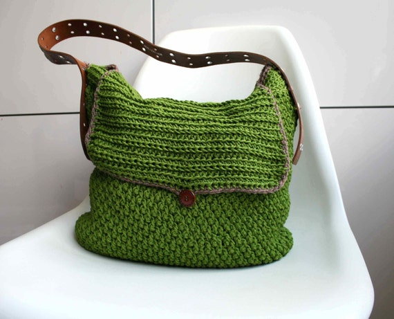 Leather Crochet Bag : Crochet pattern, crochet bag pattern, Leather handle carry all crochet ...