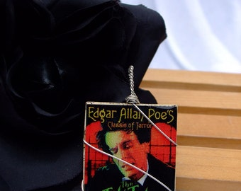 Pendant Edgar Allan Poe The Tell Tale Heart