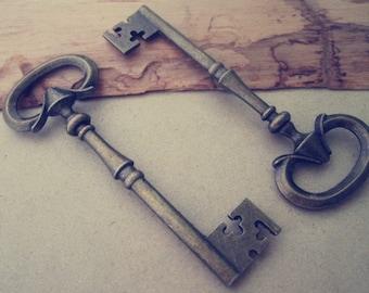 6pcs Antique bronze Key charm pendant  30mmx79mm