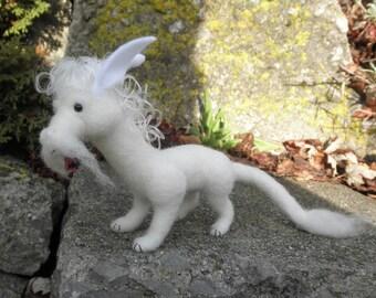 White Dragon - Cloud, needlefelted dragon, miniature white dragon