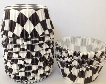 50 Black & White Checkered Standard Size Cupcake Liner DESIGNER GREASE RESISTANT BakeBright Baking Cups