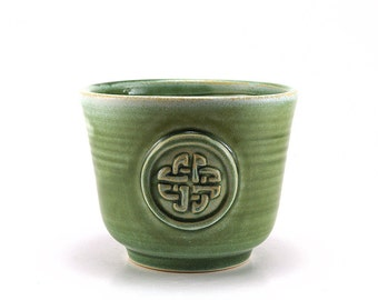 Celtic Knot Shaving Bowl, Green Gaelic Shave Kit for Men, Scottish Groomsmen, Pottery Husband Gift for Men - Ready to Ship