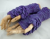 CROCHET PATTERN - fingerless gloves - dragon scale - Game of Thrones inspired - Instant download