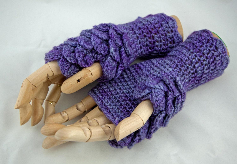 Crochet pattern fingerless gloves dragon scale game of zoom bankloansurffo Images