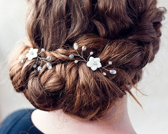 81_Wedding hair pins, Pearls hair pins, Bridal Crystal Hair Pins, Mother of Pearl, Flower bridal hair pins, Bridal hair pins, Rhinestone pin