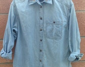 Denim shirt with collar embroidery