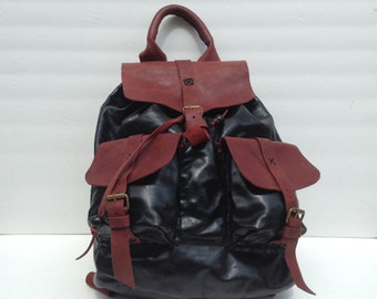 Leather Backpack,Black Leather Backpack,Rucksack with Lots of Pockets and Re-enforced Bottom - Great Gift