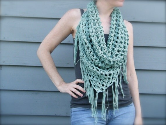 Knitting Pattern Triangle Head Scarf : DIY Crochet Pattern: summer scarf triangle scarf bandana