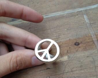 big PAU silver ring