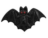 Bat 1 inch ( 26 mm ) Susan Clarke Metal Button