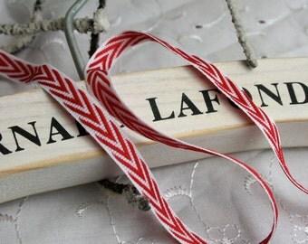 Red and White Chevron Ribbon, Christmas Ribbon, Xmas Ribbon, By the Metre, 9mm