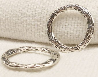 Solid Rustic Ring Connector Finding, Antique Silver (4) - SF70
