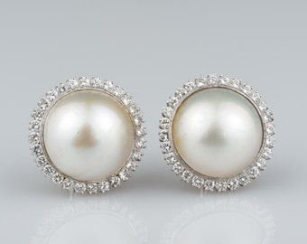 Spectacular large mabe pearl and 2.60 Ct diamond vintage earrings