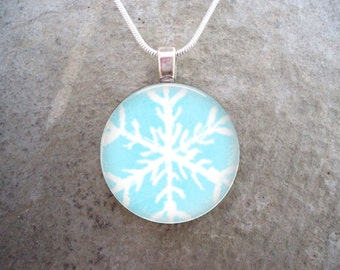 Snowflake Jewelry - Glass Pendant Necklace - Frozen Beauty 16 - RETIRING 2017
