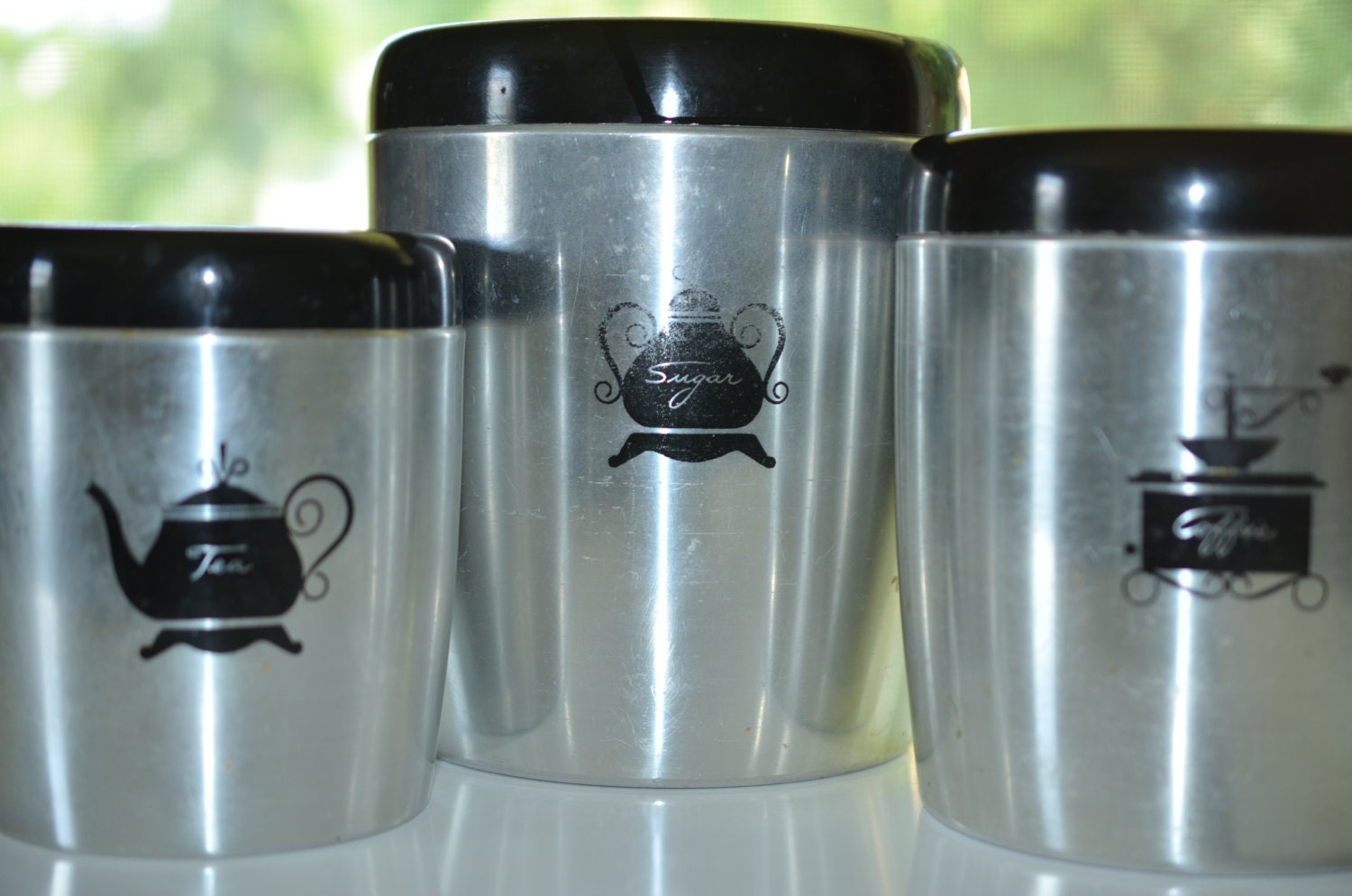 how to clean retro kitchen canisters