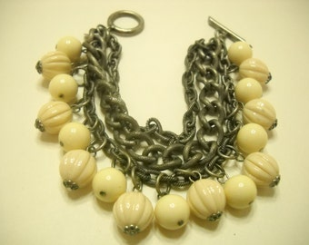 Vintage Triple Strand Beige Beaded Bracelet (1926) J. Jill