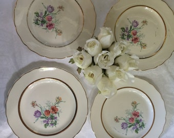 Set of 4 Shabby Chic Vintage Dessert or Bread and Butter Plates, made in USA
