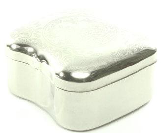 Lovely Holland Denmark Amsterdam Silver Embossed Dutch Metal Snuff Box Stash Box Trinket Box