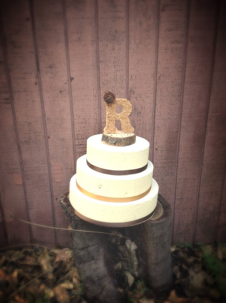 wedding cakes with letter toppers wooden letter wedding cake topper rustic country weddings 26054
